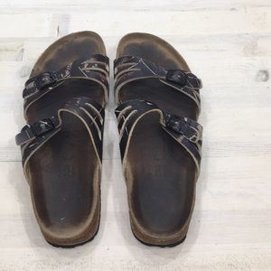 Birkenstock two strap distressed sandal sz 10